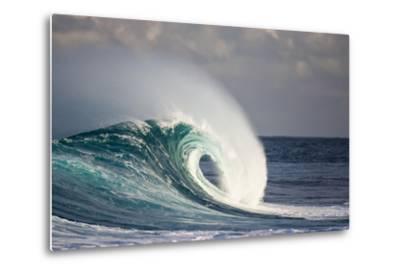 Wave Breaking in Ocean-Jefffarsai-Metal Print