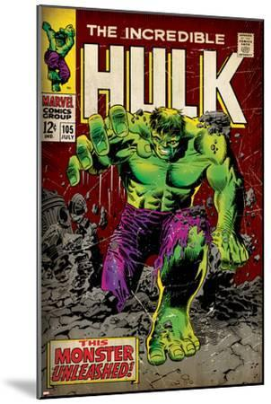Marvel Comics Retro: The Incredible Hulk Comic Book Cover No.105 (aged)--Mounted Art Print
