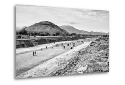 ¡Viva Mexico! B&W Collection - Teotihuacan Pyramids-Philippe Hugonnard-Metal Print