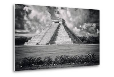 ?Viva Mexico! B&W Collection - El Castillo Pyramid VI - Chichen Itza-Philippe Hugonnard-Metal Print