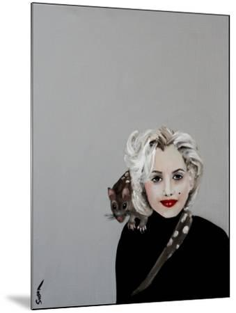 Marilyn with Quoll, 2016-Susan Adams-Mounted Giclee Print