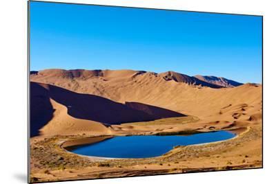 China, Inner Mongolia, Badain Jaran Desert, Gobi Desert-Tuul And Bruno Morandi-Mounted Photographic Print