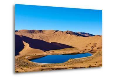 China, Inner Mongolia, Badain Jaran Desert, Gobi Desert-Tuul And Bruno Morandi-Metal Print