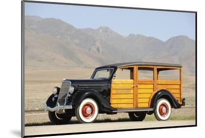Ford woodie deluxe station wagon 1935-Simon Clay-Mounted Photographic Print