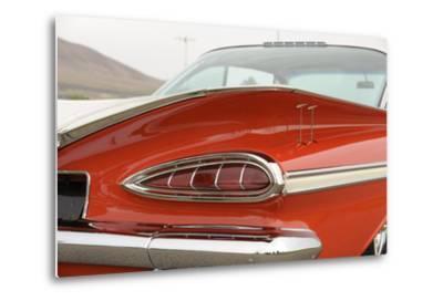 Chevrolet Impala Bubble top 1959-Simon Clay-Metal Print