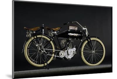 Flanders beltdrive single 1912-Simon Clay-Mounted Photographic Print