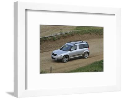 Skoda Yeti 2009-Simon Clay-Framed Photographic Print