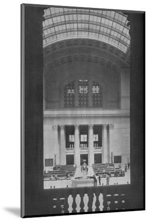 Main waiting room, Chicago Union Station, Illinois, 1926--Mounted Photographic Print