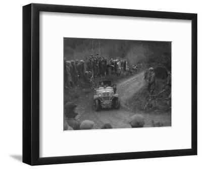 Singer of SGE Tett competing in the MCC Lands End Trial, 1935-Bill Brunell-Framed Photographic Print