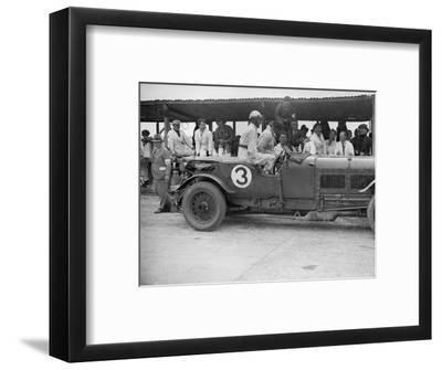 Winning Bentley of Jack Dunfee and Woolf Barnato, BARC 6-Hour Race, Brooklands, Surrey, 1929-Bill Brunell-Framed Photographic Print