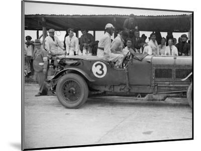 Winning Bentley of Jack Dunfee and Woolf Barnato, BARC 6-Hour Race, Brooklands, Surrey, 1929-Bill Brunell-Mounted Photographic Print