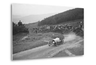 Bertie Kensington Moirs Bentley stripped 2-seater, Caerphilly Hillclimb, Wales, 1923-Bill Brunell-Metal Print