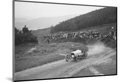 Bertie Kensington Moirs Bentley stripped 2-seater, Caerphilly Hillclimb, Wales, 1923-Bill Brunell-Mounted Photographic Print
