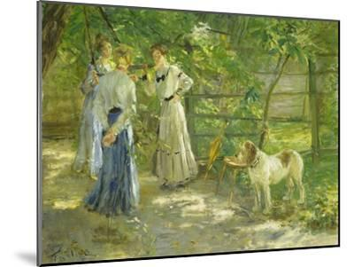 Die Töchter im Garten. 1906-Fritz von Uhde-Mounted Giclee Print