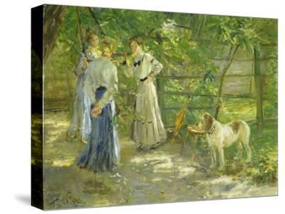 Die Töchter im Garten. 1906-Fritz von Uhde-Stretched Canvas Print