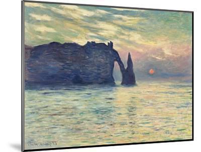 The Cliff, Étretat, Sunset. 1882-83-Claude Monet-Mounted Giclee Print
