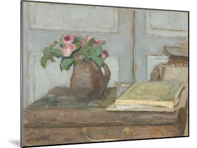 The Artist's Paint Box and Moss Roses, 1898-Edouard Vuillard-Mounted Giclee Print