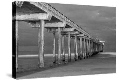 Scripps Pier BW I-Lee Peterson-Stretched Canvas Print