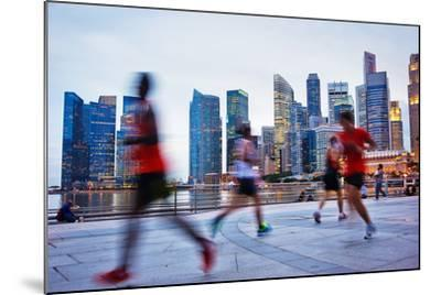 People Runing in the Evening in Singapore-joyfull-Mounted Photographic Print