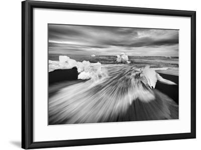 Iceland 83-Maciej Duczynski-Framed Photographic Print
