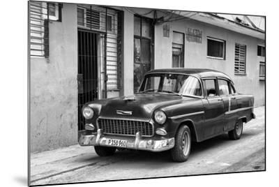Cuba Fuerte Collection B&W - Old Antique Car in Havana VIII-Philippe Hugonnard-Mounted Photographic Print