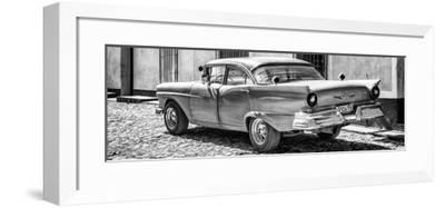Cuba Fuerte Collection Panoramic BW - Old American Classic Car II-Philippe Hugonnard-Framed Photographic Print