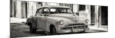 Cuba Fuerte Collection Panoramic BW - Old Chevrolet-Philippe Hugonnard-Mounted Photographic Print