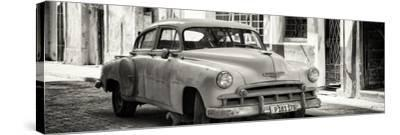 Cuba Fuerte Collection Panoramic BW - Old Chevrolet-Philippe Hugonnard-Stretched Canvas Print