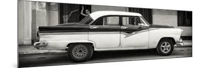 Cuba Fuerte Collection Panoramic BW - American Classic Car in Havana-Philippe Hugonnard-Mounted Photographic Print