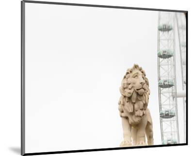 Lion of London-Keri Bevan-Mounted Photo