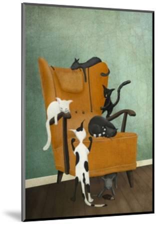 Catlife-Maja Lindberg-Mounted Art Print