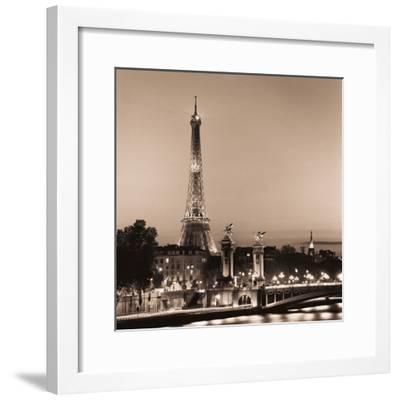 Pont Alexandre III-Alan Blaustein-Framed Photographic Print