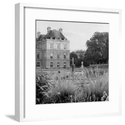 Paris #21-Alan Blaustein-Framed Photographic Print