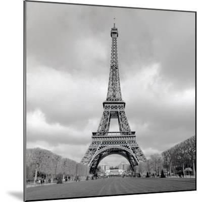 Tour Eiffel #16-Alan Blaustein-Mounted Photographic Print