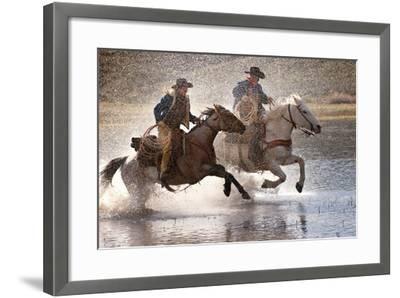 Splash Dance-Lisa Dearing-Framed Photographic Print