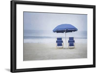 Misty Morning V-Elizabeth Urquhart-Framed Photo