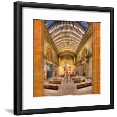 Chicagos Union Station-Steve Gadomski-Framed Photographic Print