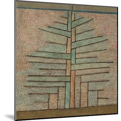 Pine Tree, 1932-Paul Klee-Mounted Giclee Print
