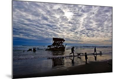 Wreck of the Peter Iredale, Warrenton, Oregon, USA--Mounted Photographic Print