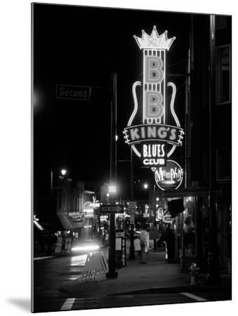 Neon sign lit up at night, B. B. King's Blues Club, Memphis, Shelby County, Tennessee, USA--Mounted Photographic Print