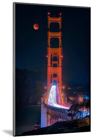 Full blood red moon rising over the Golden Gate Bridge in San Francisco, view from Battery Cranston-David Chang-Mounted Photographic Print