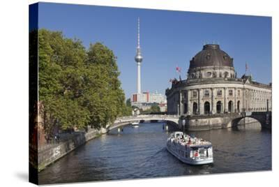 Excursion boat on Spree River, Bode Museum, Museum Island, UNESCO World Heritage, Berlin, Germany-Markus Lange-Stretched Canvas Print