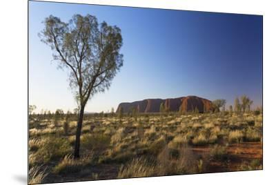 Uluru (UNESCO World Heritage Site), Uluru-Kata Tjuta National Park, Northern Territory, Australia-Ian Trower-Mounted Photographic Print