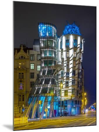 Czech Republic, Prague, Nove Mesto (New Town). Dancing House, Tancici dum, at night. Designed by Vl-Jason Langley-Mounted Photographic Print