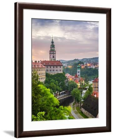 Czech Republic, South Bohemian Region, Cesky Krumlov. Cesky Krumlov Castle and buildings in old tow-Jason Langley-Framed Photographic Print