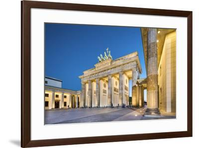 Brandenburg Gate, Pariser Platz, Berlin, Germany-Sabine Lubenow-Framed Photographic Print