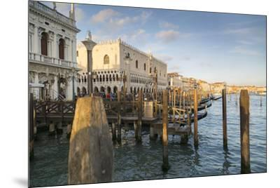 Doge's Palace and Grand Canal, Venice, UNESCO World Heritage Site, Veneto, Italy, Europe-Frank Fell-Mounted Photographic Print