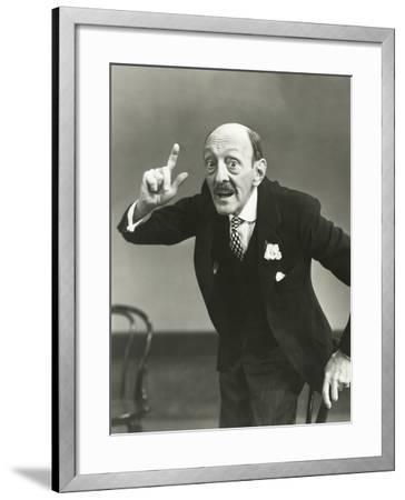 Making a Point--Framed Photo