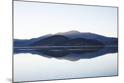 Chile, National Park Nevado Tres Cruzes, Laguna Santa Rose, Water Mirroring, Mountains-Jutta Ulmer-Mounted Photographic Print