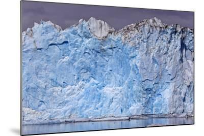 North America, the Usa, Alaska, Columbia Glacier, Abnormal Termination Edge-Bernd Rommelt-Mounted Photographic Print